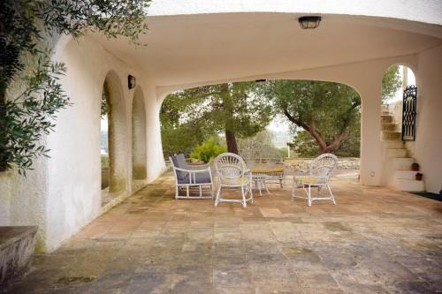 la veranda della villa
